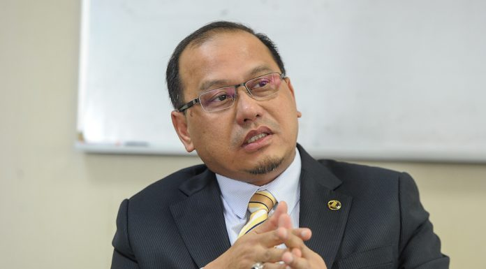 Wakil Menteri Sains, Teknologi dan Inovasi Malaysia, Datuk Ahmad Amzad Hashim.