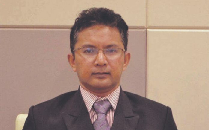 Dr-Kamarul-Zaman-Yusoff-696x435.jpg